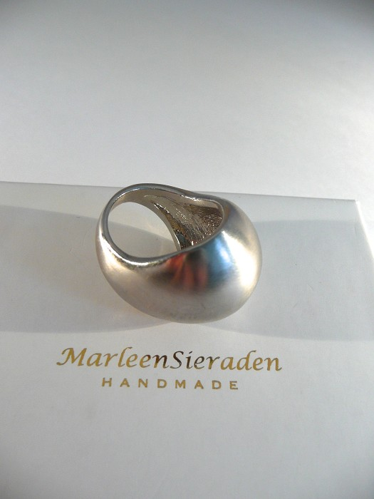 Robuuste Satin zilveren ring