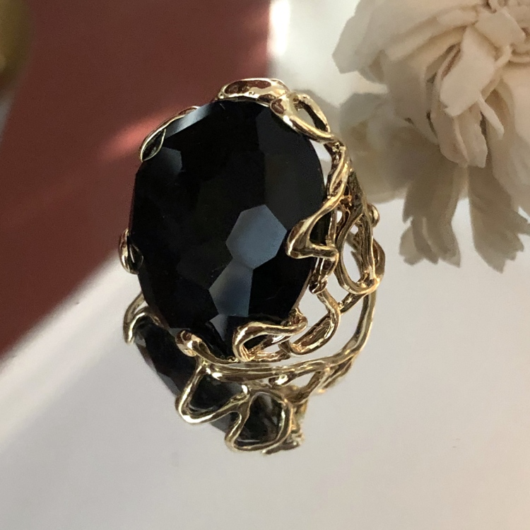 Black Quartz statement ring