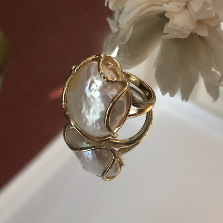 Zoetwaterparel statement ring