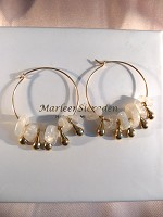 Goldfilled creolen met Moonstone chips en pegels